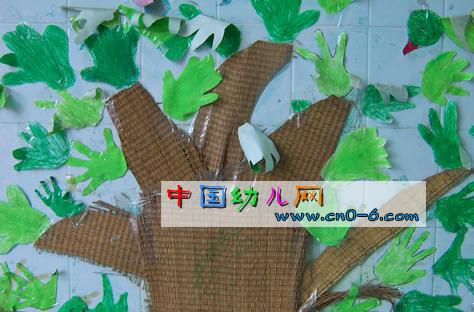 幼儿园墙面大树装饰