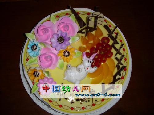 我的生日大蛋糕(幼儿园环境创设)