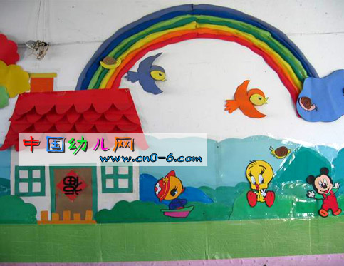 彩虹从房屋后面长出来 幼儿园环境创设图片