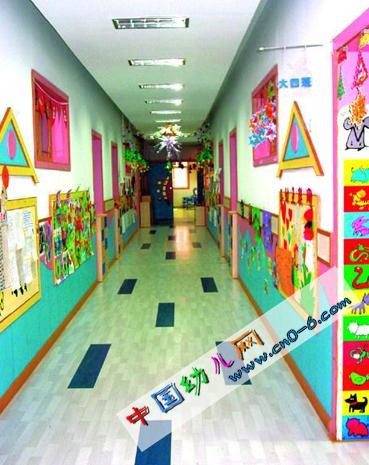 抽象的劳动节走廊(幼儿园环境布置)