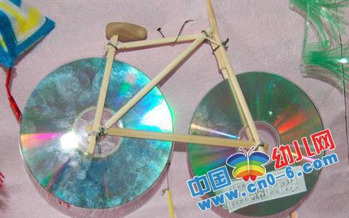 老师用cd光盘制作车子(幼儿园新年手工制作)